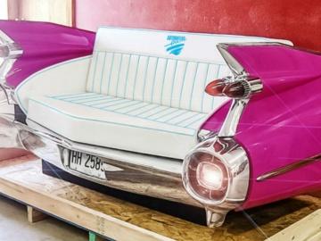 Kanapa zrobiona z Cadillaca